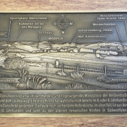 Panoramatafel: 620x425mm; Material: Bronze (GBZ 10)